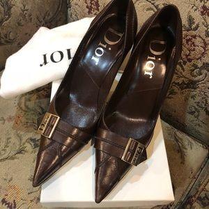 Ladies Dior Pump's Brown size 37 box & dust bag